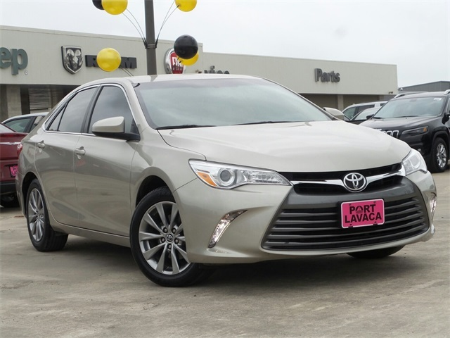 Pre Owned 2016 Toyota Camry Xle